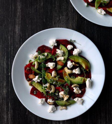 Salata de sfecla cu branza de capra