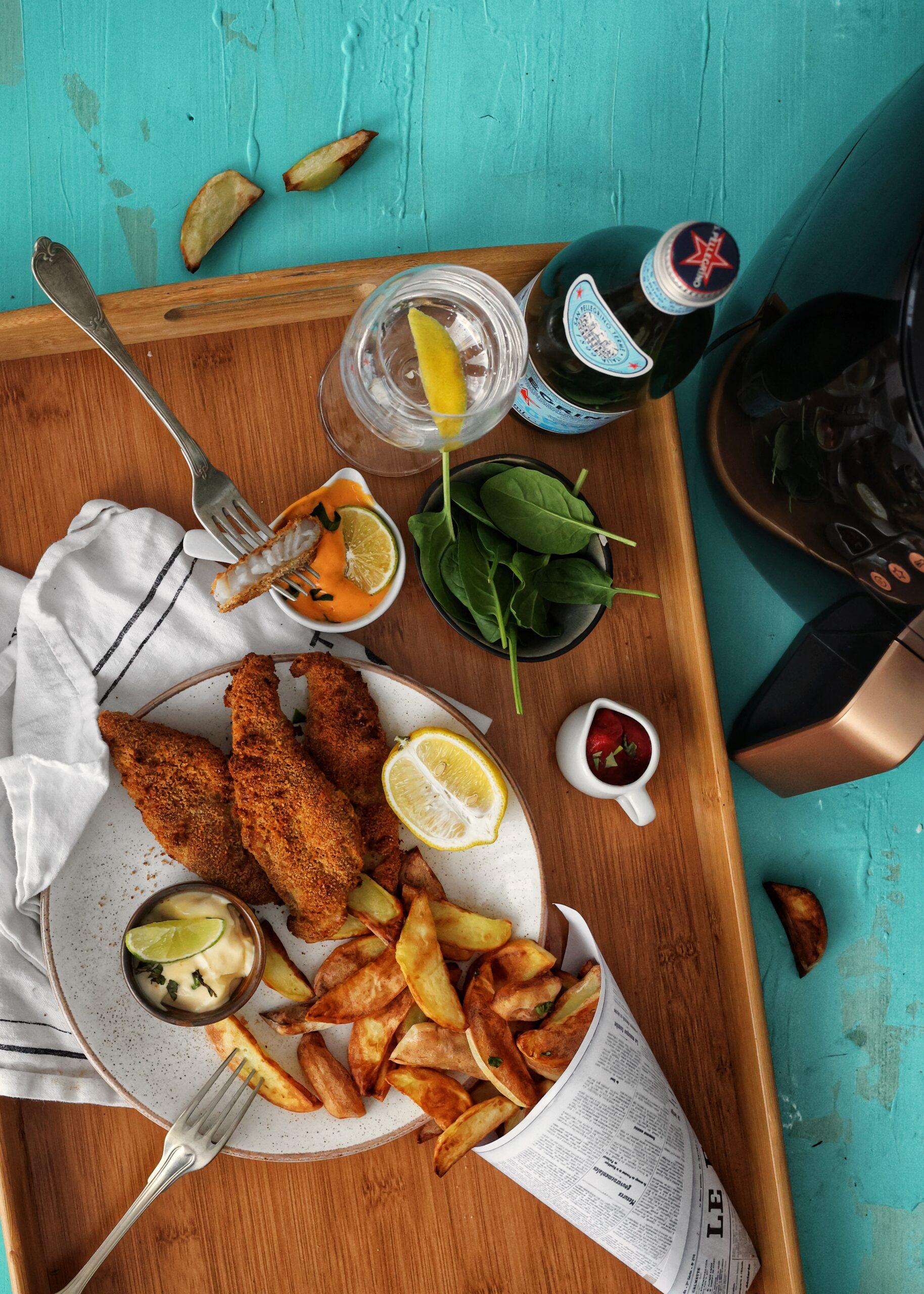 """Fish & Chips"" <br> Peste pane cu cartofi prajiti"